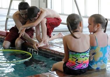 Na onda do calor, academias e escolas de natação mostram que são um bom negócio
