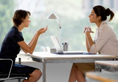 Como ser um bom entrevistador na hora de selecionar profissionais para sua academia